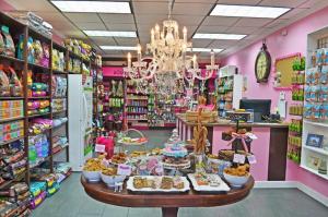 Interior of Woof Gang Bakery & Grooming